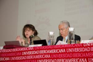 Gabriela Warkentin (W Radio) y Alfonso Zárate (GCI)